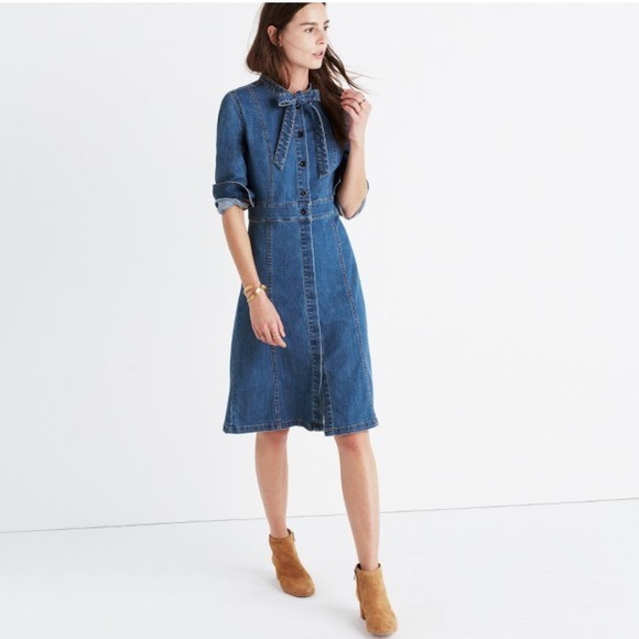 4dce39ef07 Madewell Dresses   Skirts - Madewell denim tie-neck shirtdress